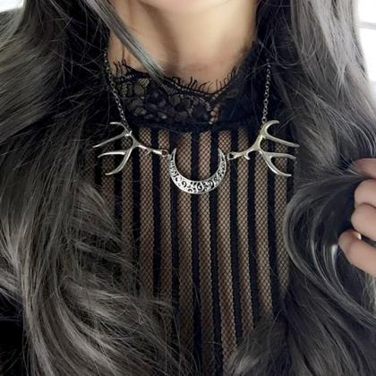 Necklace Choker deer horn skull cre..