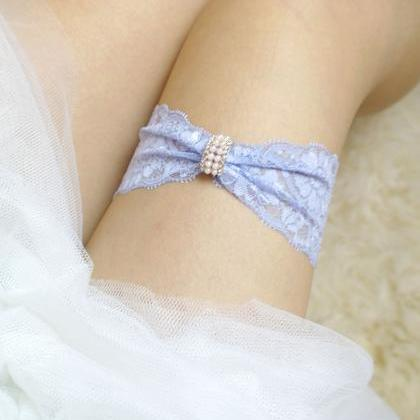 Simple garter, Something Blue Light..