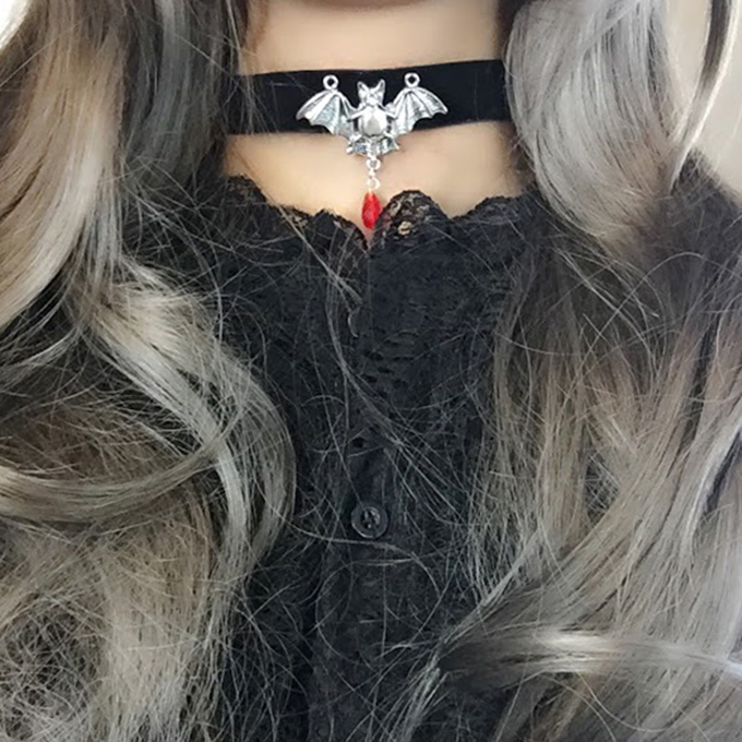 Necklace Choker Bat Vampire Blood Drop Crystal Black Velvet Witch Choker, goth gothic wicca Jewelry steampunk