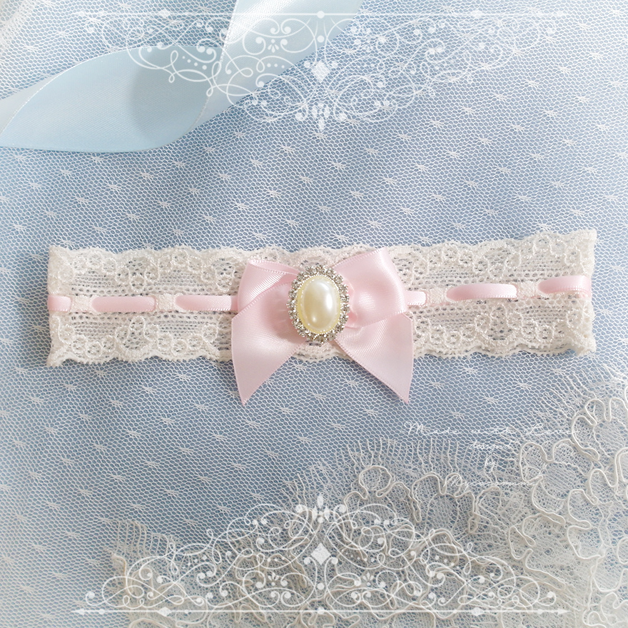 Ivory lace garter, Baby Pink Garter ,Pearl Rhinestone bow, Victorian Bridal lingerie Wedding Garter Belt Prom Honeymoon Keepsake Toss