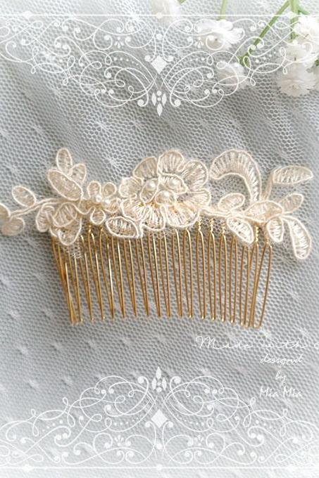 Romantic Luxury ivory Cream Beige Lace Pearl Bridal Hair Decorative Gold Comb Hair Accessories Wedding Embroidery Hairpiece Headpiece