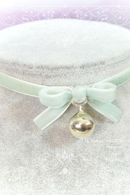 Kitten Pet Play Cat Collar Choker Necklace Seafoam Mint Green Velvet Bow Bell kitty pastel goth Lolita Neko BDSM DDLG