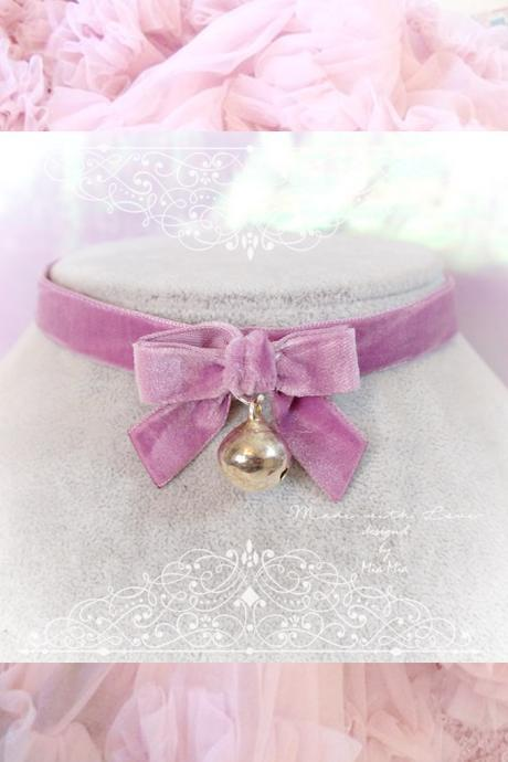 Choker Necklace ,Kitten Play Collar ,Daddys Girl Lilac Purple Velvet Bow Bell , Fairy Kei ,pastel Lolita Kawaii Neko DDLG Adult Baby