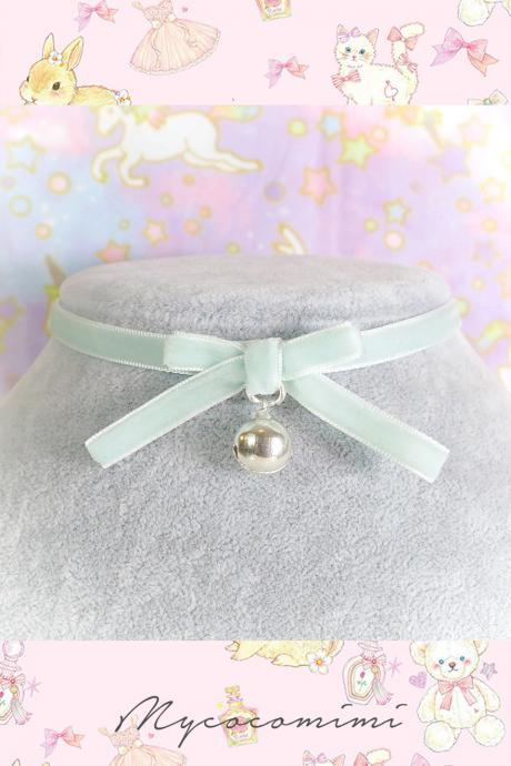 Velvet Choker Necklce , Kitten Pet Play Collar Seafoam Mint Green Velvet Bow Bell , Kitten Play Day Choker pastel goth Lolita Neko
