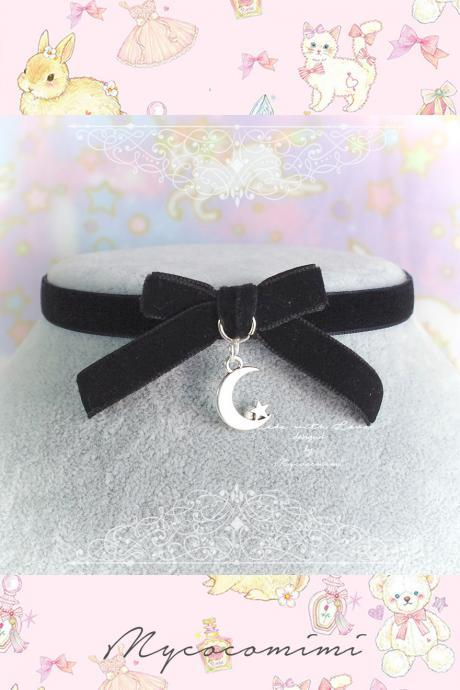 Velvet Choker Necklace, Black Velvet Bow Little Crescent Moon Star Necklace, pastel goth Gothic Girl Lolita Collar DDLG