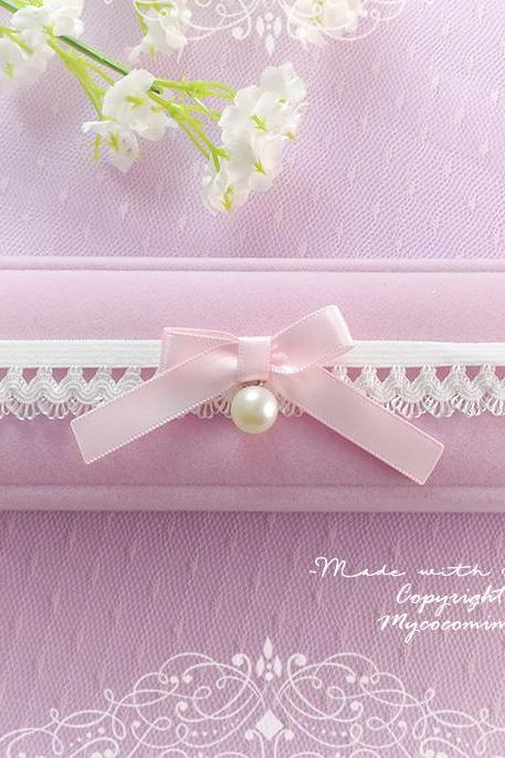 Baby Pink Pearl Bow White lace Skinny garter, Cute Bridal lingerie Wedding Garter Belt Honeymoon Keepsake Toss