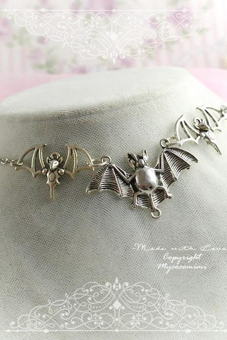 Necklace Choker Three Bat Witch Choker, goth gothic wicca Jewelry steampunk Silver color