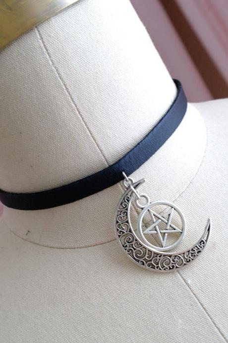 Choker Necklace Luna Moon Pentacle Pendant Black Faux Leather Jewelry Handmade , Gothic goth Punk Witch Wicked New age steampunk