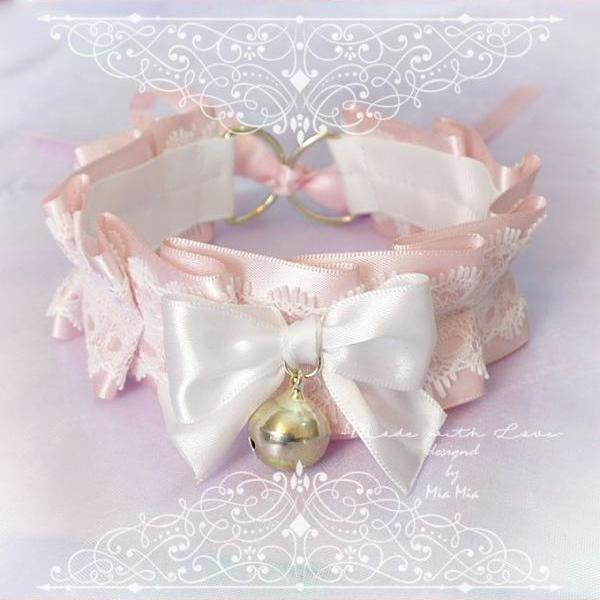 Kitten Pet Play Collar , BDSM DDLG Choker Necklace Powder Pink White Lace Ruffles Bow Bell Daddys Girl Kawaii pastel goth Fairy Kei