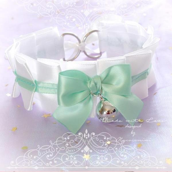 Choker Necklace , Kitten Rule Play Collar White Mint Green Satin Bow Bell ,pastel goth Lolita Neko BDSM DDLG Daddys Girl Fairy Kei