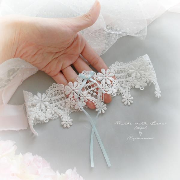 Luxury White Lace Pearl Something Blue Bow Garter , Bridal Lingerie Wedding Honeymoon Keepsake Toss Luxury Wedding garter