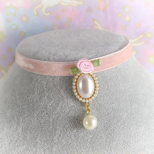 Victorian Style Velvet Choker Necklace, Pink Velvet Pearl Pendant Rose Flower ,neck collar cute Rococo Romantic Fashion Everyday jewelry