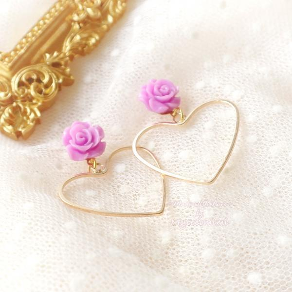 Sweetheart Gold Heart Mini Purple Rose Stud Post Earrings, Cute Kawaii Sweet DDLG Daddys Baby Girl Fairy Kei Jewelry