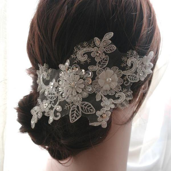 White Lace Sequins Bridal Hair Clip Pearl Beaded Rose Lace Accessories Wedding Embroidery Headpiece Hairpiece Pearls Romantic Headpiece